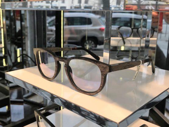 Optik Högl - Holzbrillen Display